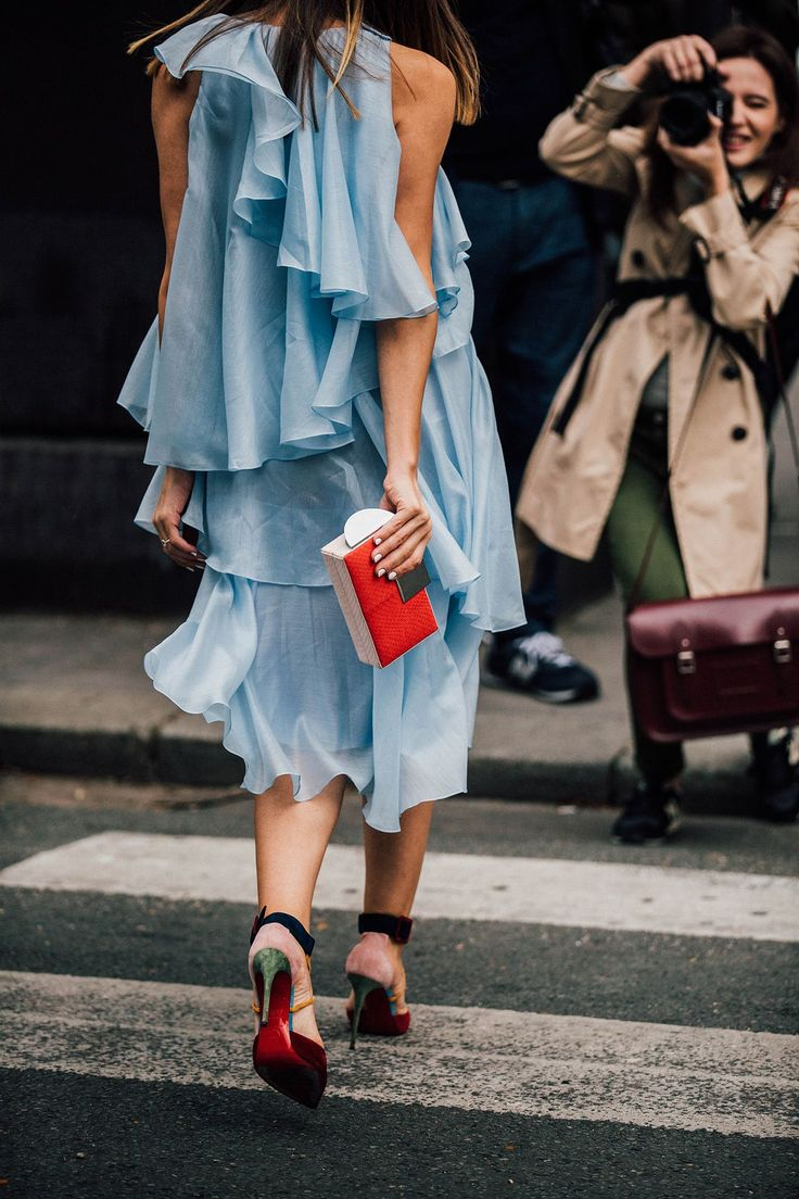 """Pale blue with red accessories...""""she's got the look"""""""