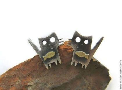 """Серьги ручной работы. Ярмарка Мастеров - ручная работа """"два товарища"""" серьги-гвоздики  из серебра. Handmade."""
