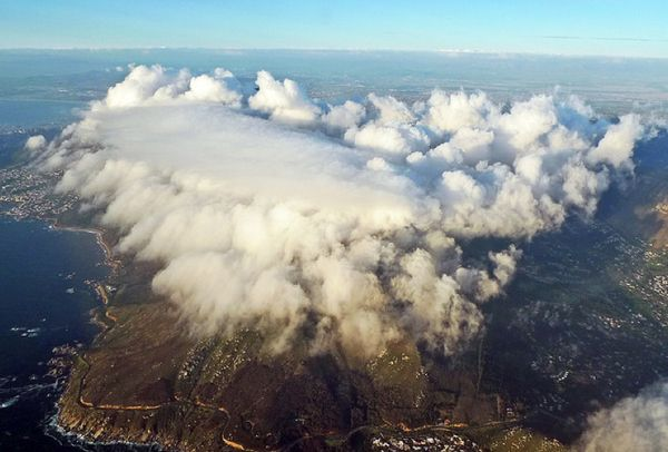 """Table Mountain with its """"tablecloth""""100 Incredible Views Out Of Airplane Windows"""