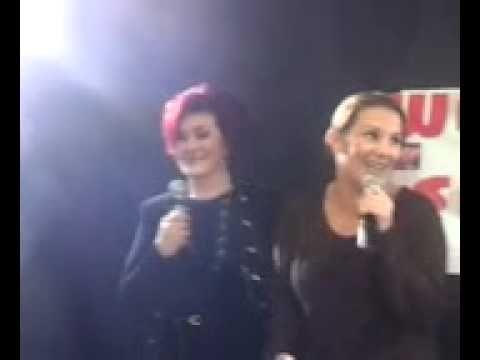 Sam bailey and Sharon Osborne shoop shoop song - YouTube