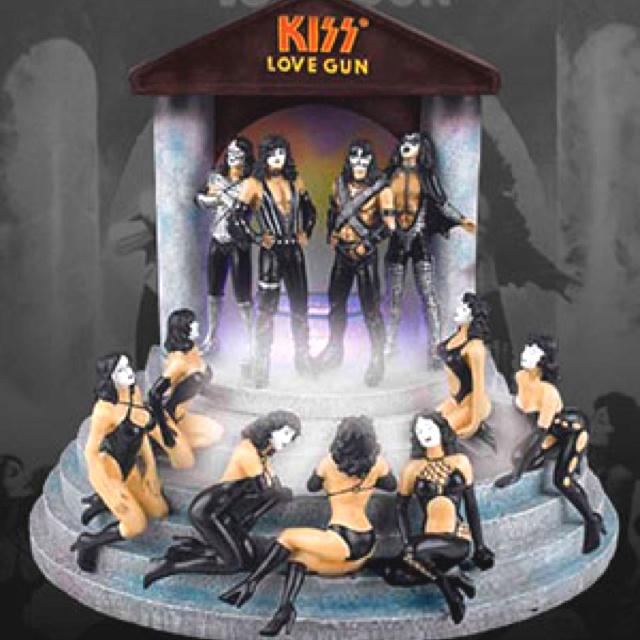 Kiss Love Gun Mister Kiss Kollection Pinterest Love