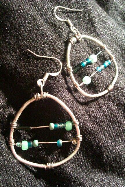 Wire earrings (mint) / Plecione kolczyki z koralikami #wire #earrings #mint #kolczyki