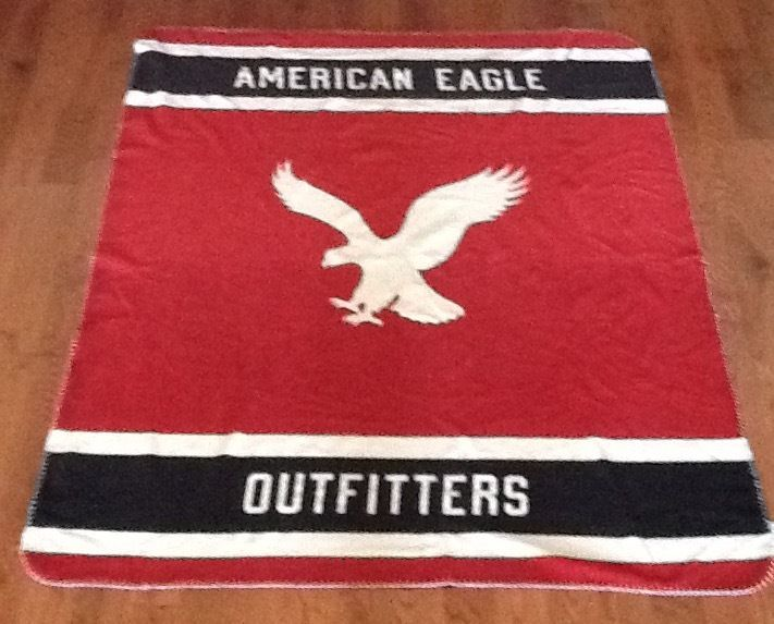 AMERICN EAGLE OUTFITTERS MEDIUM MULTICOLORED FLEECE LOGO BLANKET  #AmericanEagleOutfitters