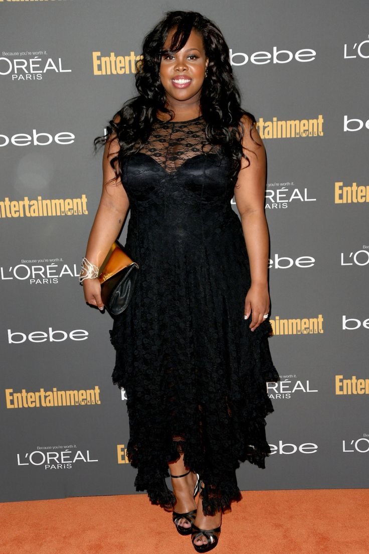 Amber Riley at the Entertainment Weekly's Pre-Emmy Party. Wow! She looks gorgeous!