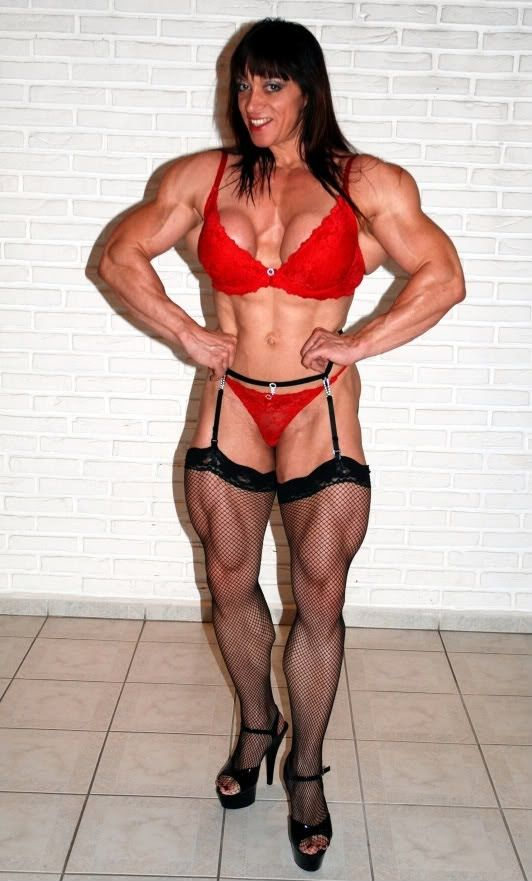 Female bodybuilders natural breasts