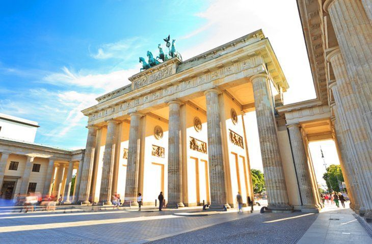 Berlin S Most Famous Historic Landmark Is The Brandenburg Gate Brandenburger Tor Once A Symbol Of A Divided Berlin Travel Most Beautiful Cities Berlin City