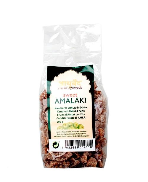 """Amalaki frukt kanderad - Den är även känd under namnet indisk krusbär eller Amla och kommer från ett träd i Indien som anses vara heligt på grund av frukternas näringsrika och läkande egenskaper. De forntida Ayurvediska texterna Charaka Samhita berättar: """"Amalaki är den bästa och starkaste av de vitaliserande örterna."""" Amalaki-frukten är huvudingrediens i den traditionella Ayurvediska rasayana Chyavanprash."""