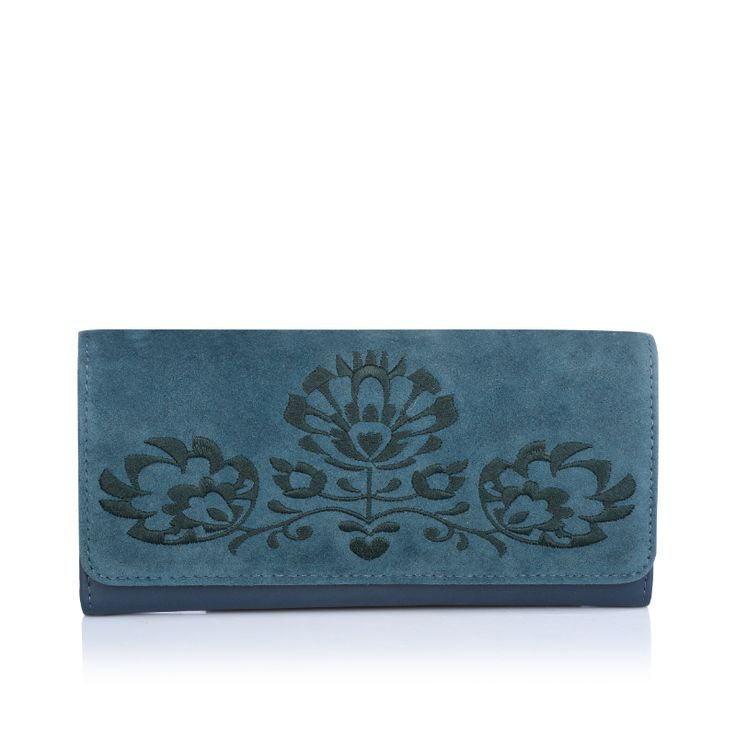 Budget permitting, this Caprese Tessy wristlet is a great investment and perfect for any eco-friendly fashionista. As part of Caprese's on-going commitment to cruelty-free and sustainable fashion. Also available in Midnight blue color.  Purchase on: https://acebazaar.in/product/caprese-tessy-wallet-medium-teal/