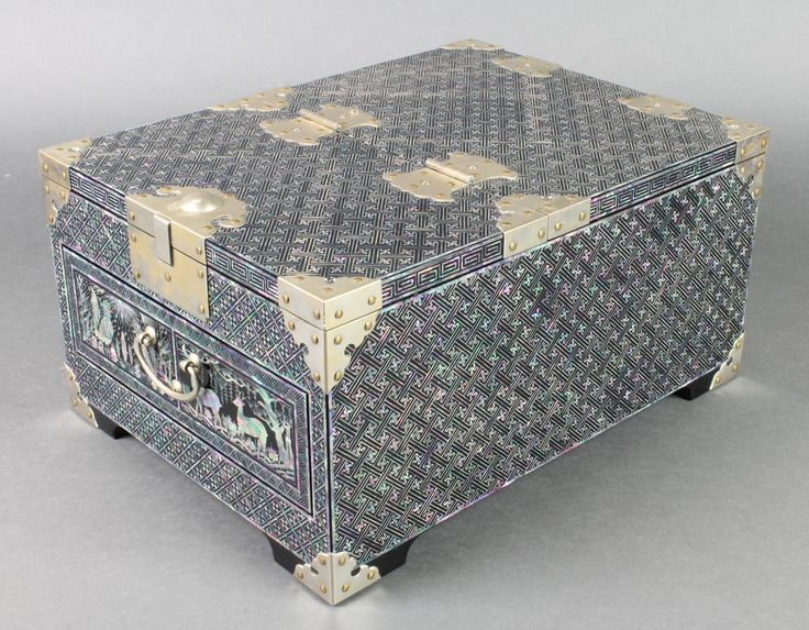 """Lot 924, A Chinese lacquered and mother of pearl finished dressing box with silvered mounts 6""""h x 9 1/2""""w x 13""""d, sold for £95"""