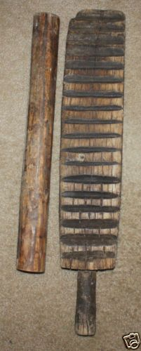 Antique Country Primitive Carved Wooden Mangle Board 1800s Textile Tool~♥~