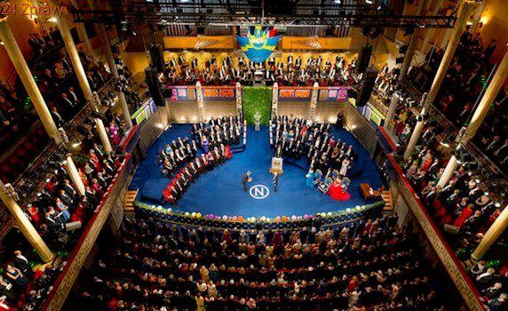 Francouzi na Nobelovu cenu za mír nominovali exprezidenta Chiraca
