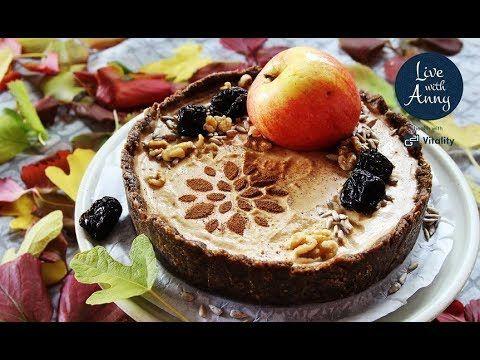 Podzimní raw koláč   sezónní recept - YouTube