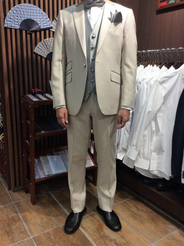 【ベージュ 結婚式衣装】|結婚式の新郎タキシード/新郎衣装はメンズブライダルへ