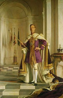 George VI holds the Sceptre with the Cross, containing the 530-carat Cullinan I Diamond. The Imperial State Crown is on the right. Portrait by Sir Gerald Kelly.