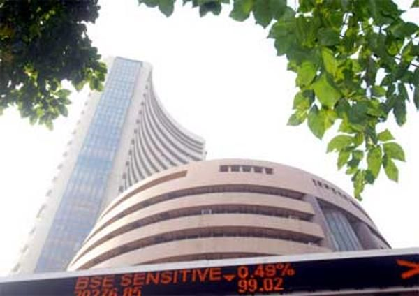 Sensex ends 563 points down, Nifty sees biggest weekly loss since November 2011 - The Economic Times