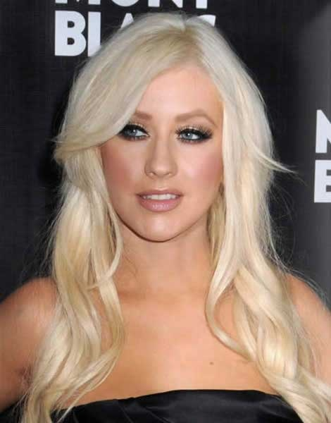 A Guide For Celebrity Hairstyle Trends 2013 - Christina Aguilera