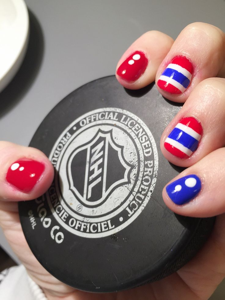 it's been too long, time for another montreal canadiens manicure! #gohabsgo