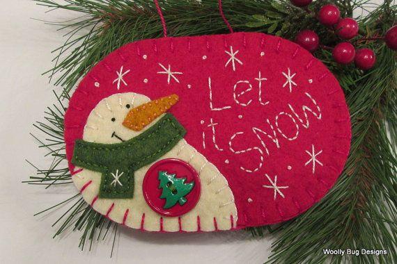 Let it Snow Ivory Wool Felt Snowman Christmas door WoollyBugDesigns