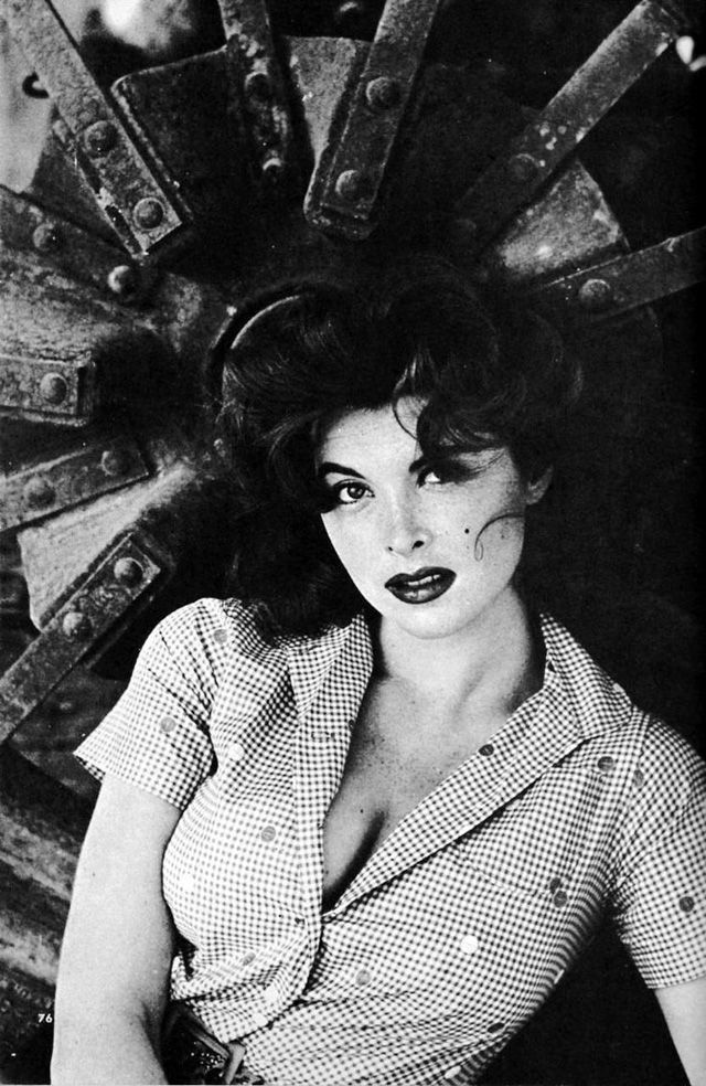 vintage everyday: Tina Louise: Beautiful Redhead Ginger – '50s Glamorous Portrait Photos in Beginning Days of Her Career