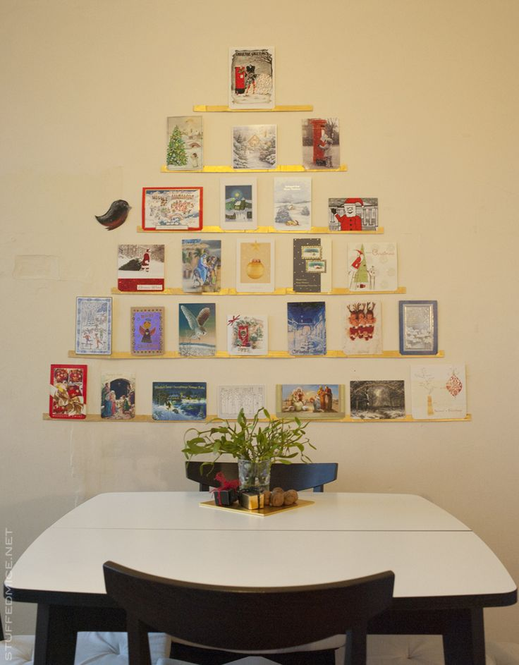 Christmas cards organiser from pizza box. Upcycling. DIY.