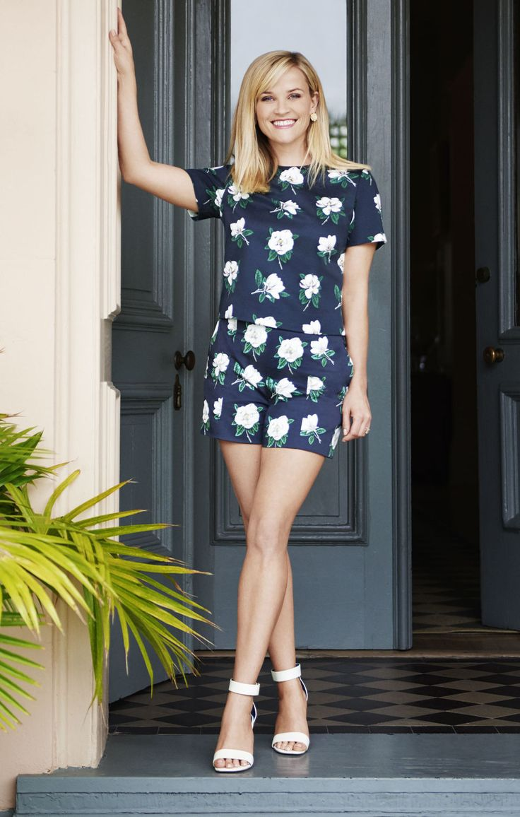 Reese Witherspoon Launches a Southern Themed Lifestyle Site - Draper James