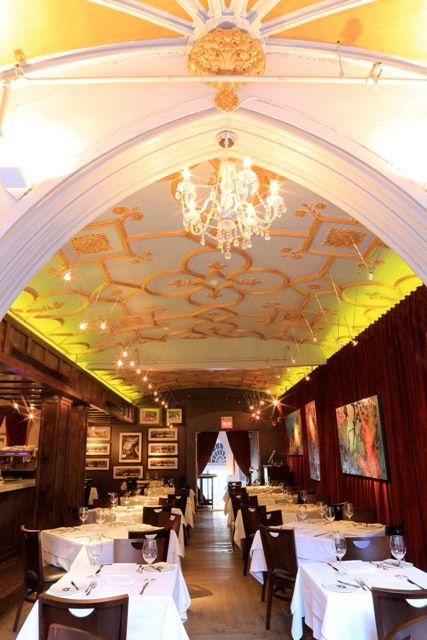 Bienvenue à notre nouveau membre: / Welcome to our new member restaurant: La Queue de Cheval Steakhouse, Bar & Cigar Lounge | Centre-ville, Montréal Restaurant | Cuisine Steakhouse & Fruits de mer | www.RestoMontreal.ca