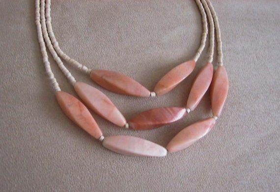 Sole - One of a Kind - pesco Jade e Shell Keishi Bead Necklace