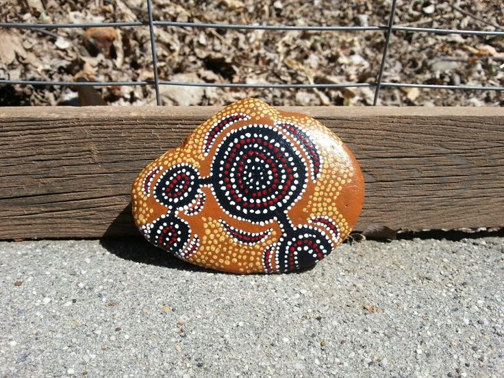 Aboriginal rock painting_I used to make these with my dad when I was little. I absolutely loved the texture of the paintings. The smell of the paint is still sweet to me.