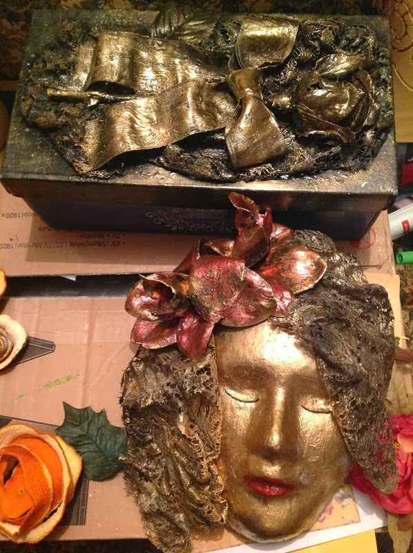 shoe box....metal look to a rose