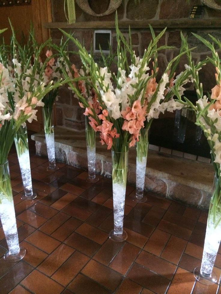 White and peach Gladiolus centerpieces tall rotary GLEN www.Idoweddings.ca