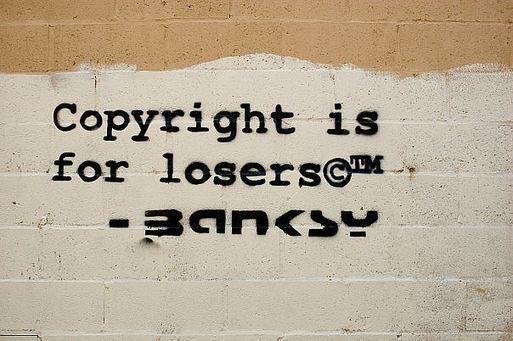 Droit d'auteur sur les données personnelles : les plateformes le contourneraient facilement I Lionel Maurel