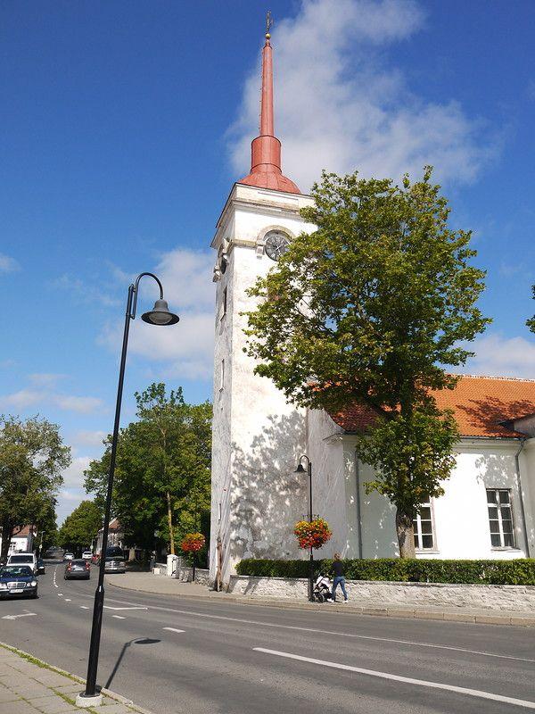 Курессаре,  Церковь  св.  Лаврентия.
