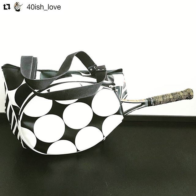"""We love all your great feedback! Special thanks to Helen (40ish_love) for this awesome review: """"I finally managed to test the overgrip from @alienpros during my 2 hour tennis lesson this morning. It is much smoother than the previous grip I had but my hand didn't slip or slide and I like the feel of it. Let's hope it continues like this!"""""""