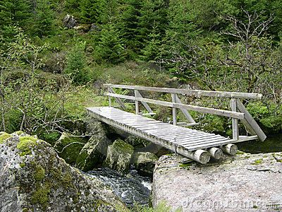diy bridge over creek woodworking projects plans. Black Bedroom Furniture Sets. Home Design Ideas