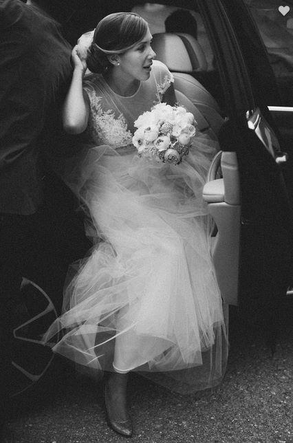 Betti wearing her custommade Nora Sarman wedding dress