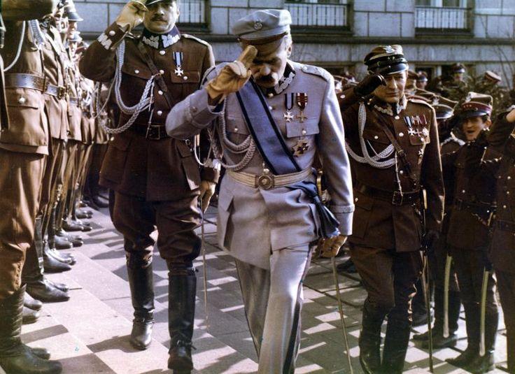 "Józef Piłsudski receives a grand welcome by officers of the Polish Army - ""Zamach Stanu"" / ""The Coup d'Etat"" (1981)"