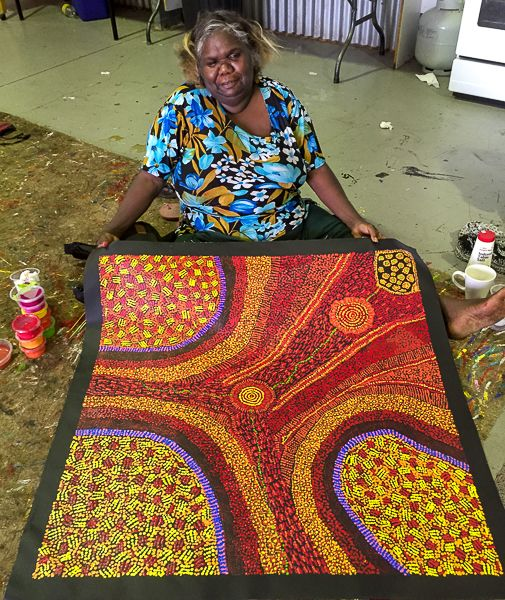 Mimi Art Gallery studio near Alice  Springs. I would love to vist this place. What fantastic artists.