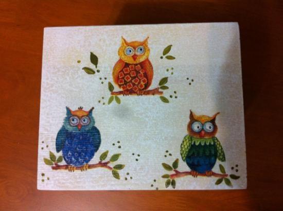 Caja tissus buhos madera papel acrilicos decopuge pintado a mano alzada decoupage pinterest - Papel pintado a mano ...