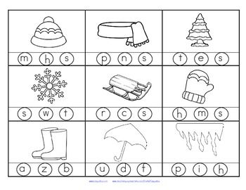 FREE 2 printables with 18 pictures in b/w with a WINTER theme. Stamp or color the correct beginning or initial sound.