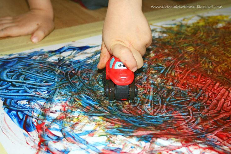 samochodzikowe malowanie/ creative painting with toy cars