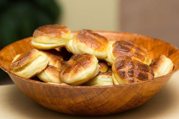 Ez az egyik legegyszerűbb és legjobb krumplispogácsa-recept, amivel eddig találkoztál.