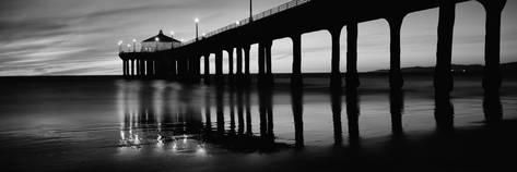 Low Angle View of a Pier, Manhattan Beach Pier, Manhattan Beach, Los Angeles County, California Fotoprint