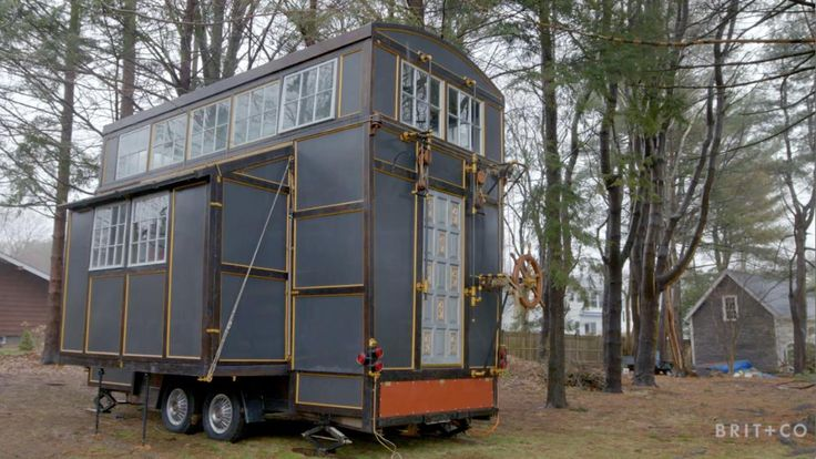 Tiny Spaces: A Tiny Home Built Out of Recycled Materials