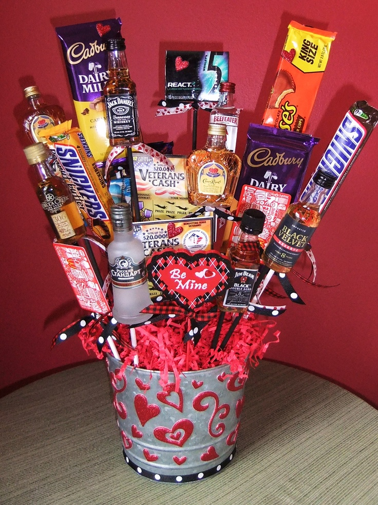 Valentine 39 s day man bouquet liquor chocolate gift Valentines day ideas for men