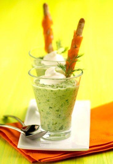 Recette de dips : crème de concombre, mélange concombre et pommes à l'aneth, recette de crème de concombre !