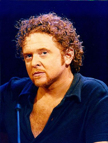 Mick Hucknall - Simply Red