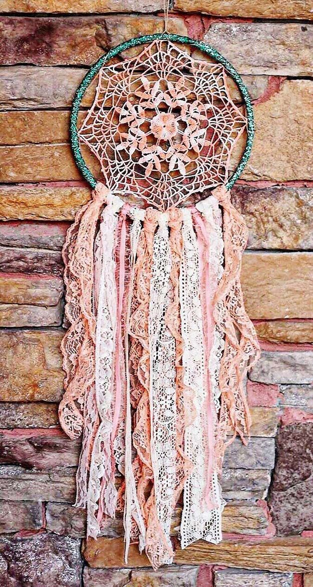 Pink DIY Room Decor Ideas - DIY DreamCatcher - Cool Pink Bedroom Crafts and Projects for Teens, Girls, Teenagers and Adults - Best Wall Art Ideas, Room Decorating Project Tutorials, Rugs, Lighting and Lamps, Bed Decor and Pillows diyprojectsfortee...