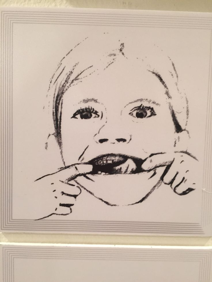 i found my picture in the art exhibition_ it looks like me:_)
