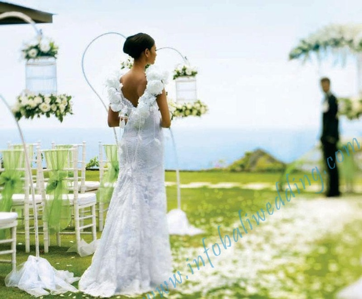 Bali Wedding at the Edge - just the location I like!