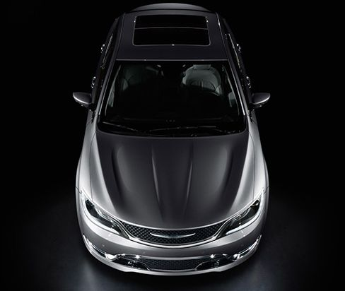 New language of 2015 Chrysler 200! Check it out @ http://futurecarsnews.com/cars/quick-view-2015-chrysler-200/